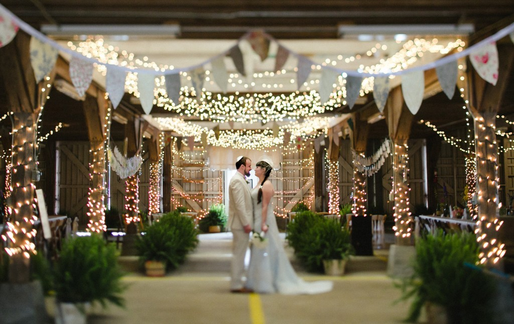 Tennessee wedding photography, Farmers Market Wedding