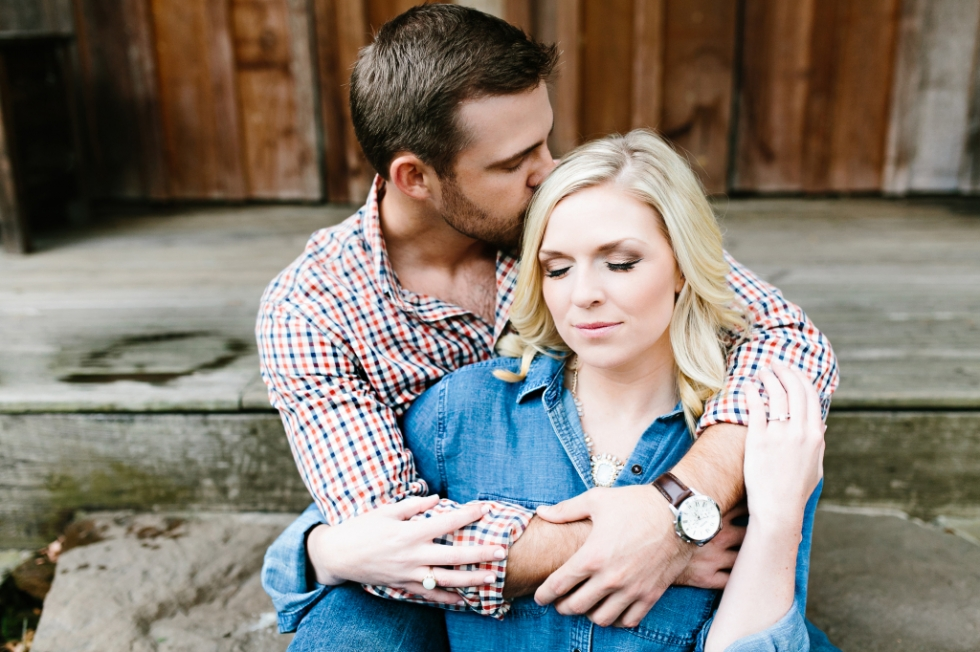 rustic engagement session. ranch wedding. ranch engagement session. tennessee wedding photographer