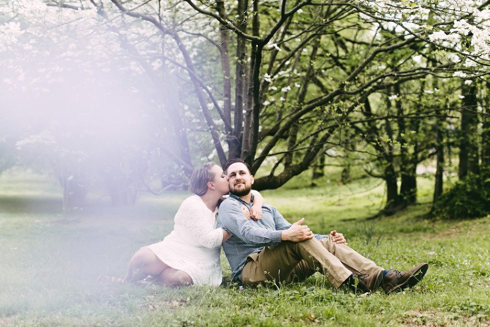 lifestyle-candid-engagement-photos