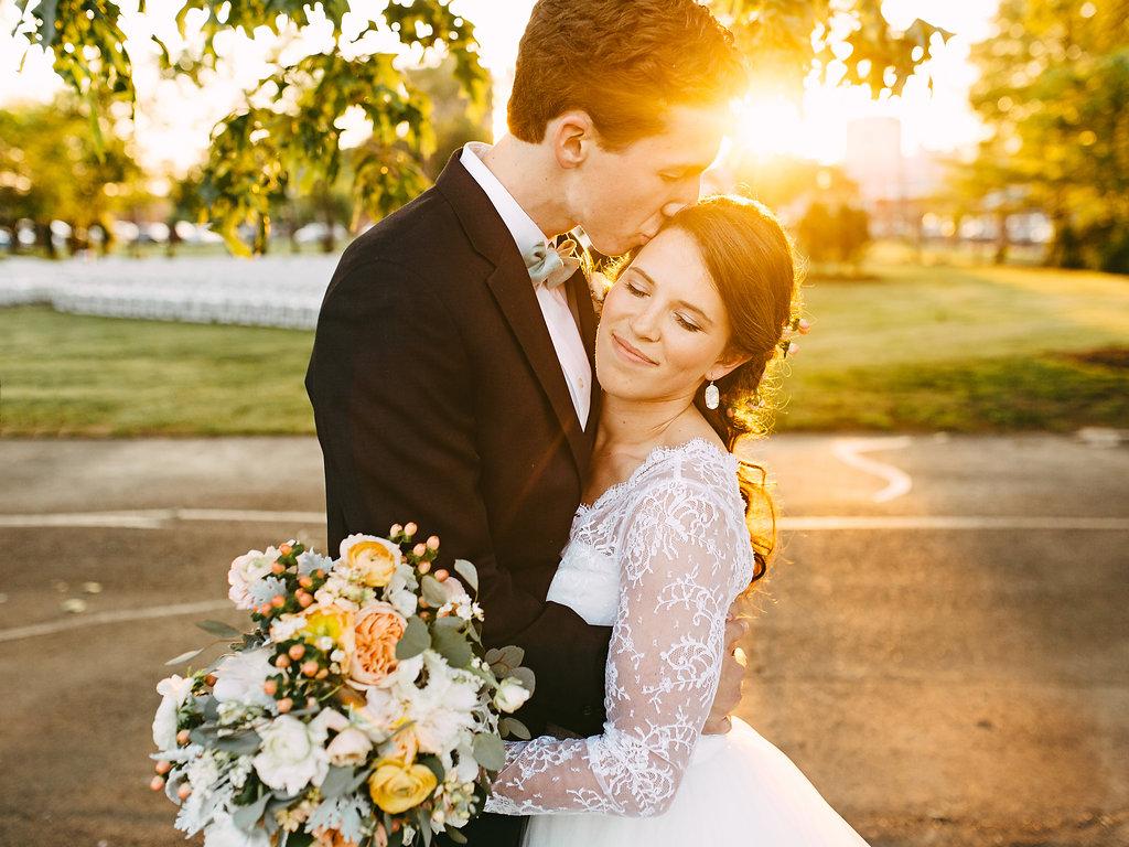 Morgan Paxton A Hunt Phelan Memphis Wedding Photographer